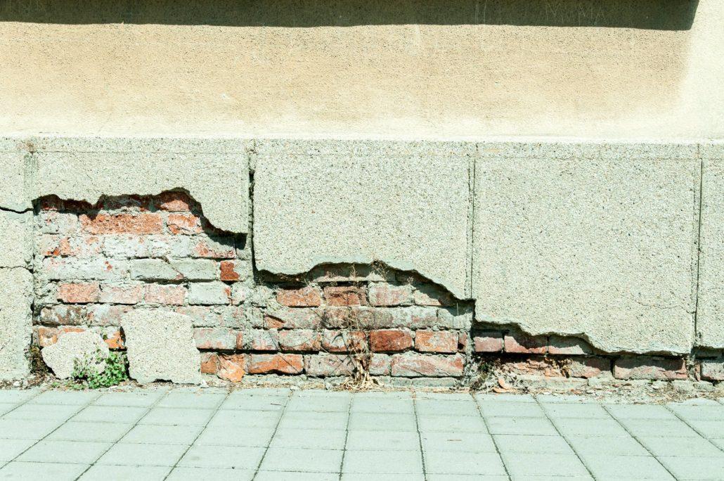Major foundation damage
